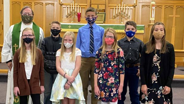 These students participated in the First Communion at Hope Lutheran Church in Minneota on Sunday, Oct. 4. Front row, left to right: Madison Minnehan, Brooklyn Ryer, Gretta Buysse, Addison Buysse. Back row, left to right: Pastor Lance Isaacson, Heydan Danielson, Landon Esping, Cole Johnson.