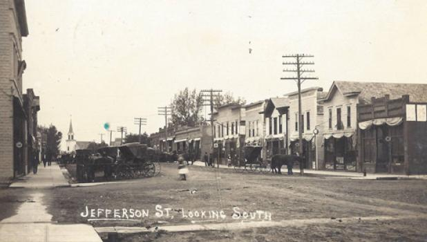 Main street Minneota in 1914.