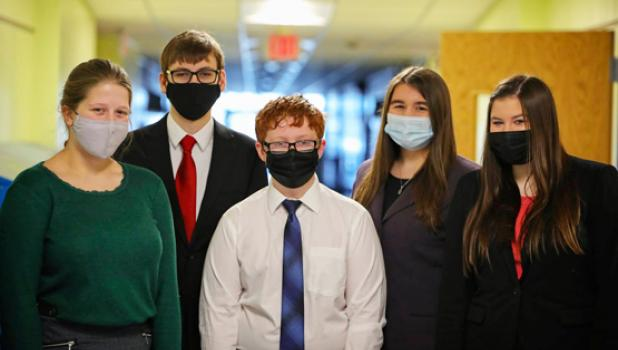 These five Minneota speech members competed in the virtual meet on Saturday. Left to right: Cora Fischer, Thomas Belaen, Wyatt Pohlen, Emma Lipinski and Katie Walerius.